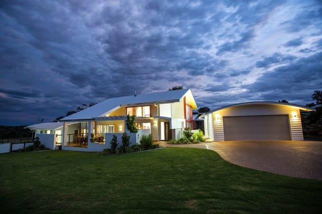 contemporary hot climate home design